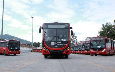Guadalajara y Monterrey oficializaron la incorporación de buses eléctricos a sus flotas de transporte público