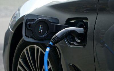 Empresarios uruguayos analizan propuestas de electromovilidad en una mesa de debate con el Gobierno