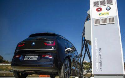 Crecen las inversiones en infraestructura de carga pública para autos eléctricos e híbridos en Brasil