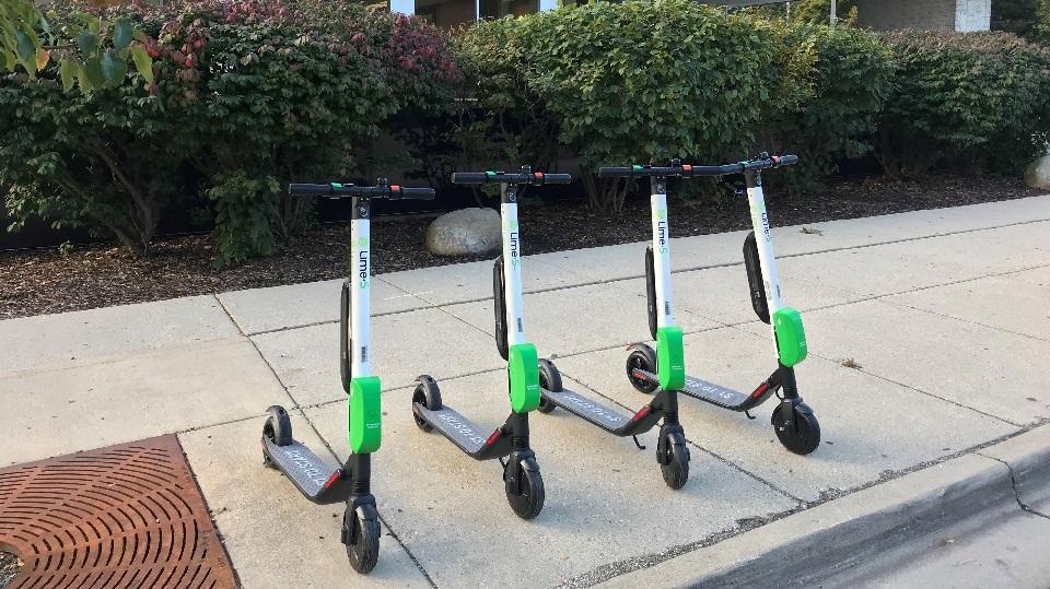 Los scooters eléctricos Lime están disponibles en Uber para la comuna de Las Condes