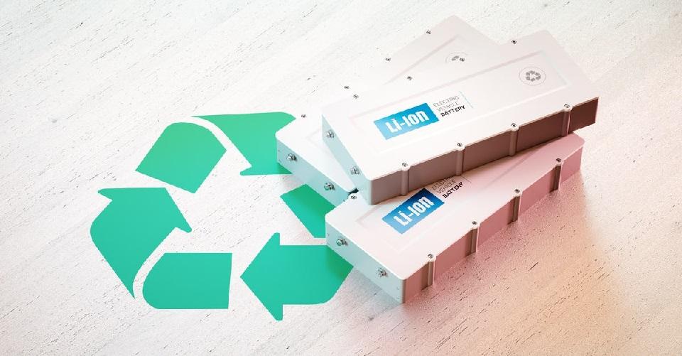 ¿Es momento de pensar regulación para reciclaje de baterías de vehículos eléctricos en la región?