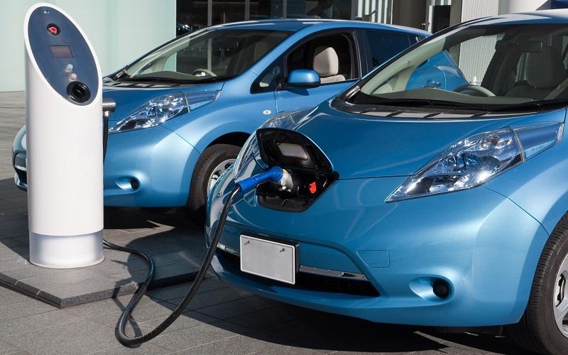ASOMOEDO pide eliminar los impuestos a las importaciones de vehículos eléctricos en RD