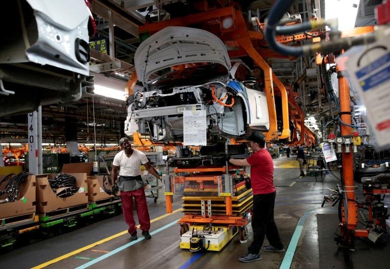 Duras críticas: El sindicato del automóvil de USA va tras GM por invertir en movilidad eléctrica en México