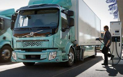 Empresa propone estaciones de carga para vehículos eléctricos con «energía de origen híbrido»