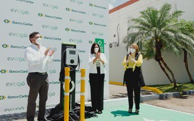 Banco Caribe inaugura en Santiago la segunda estación de carga para vehículos eléctricos