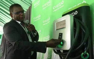 Es oficial: Evergo anunció 60 cargadores y un plan exclusivo para vehículos eléctricos en Jamaica