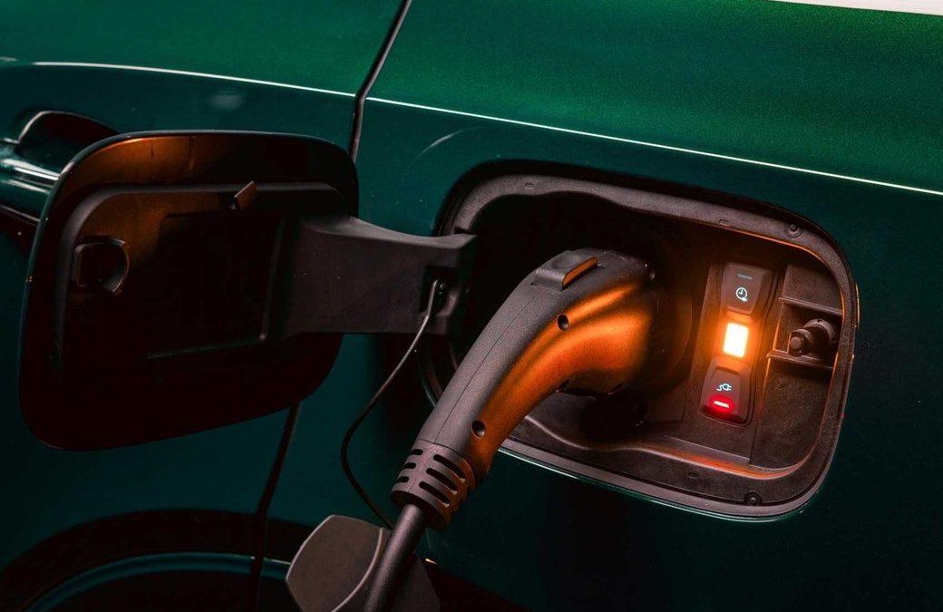 Debate en el sector: El Gobierno argentino quiere movilidad eléctrica pero si es con industria argentina