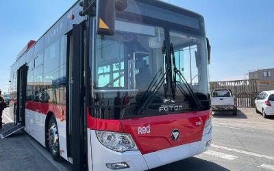 Opiniones encontradas de expertos respecto a las licitaciones de e-buses en regiones de Chile