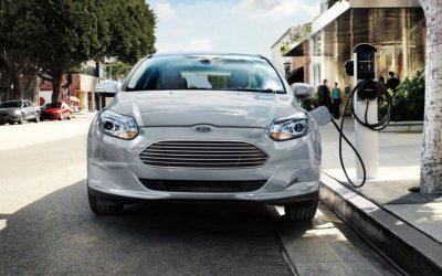 Ecuador incorpora etiquetado vehicular y marca un hito en la electromovilidad de Latinoamérica
