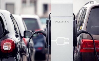 Guerra comercial: Alemanes y chinos también disputan la fabricación de vehículos eléctricos