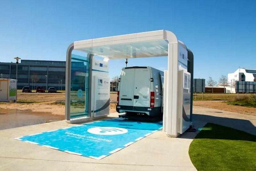Así es el proyecto español que busca marcar estándares para carga inalámbrica de coches eléctricos