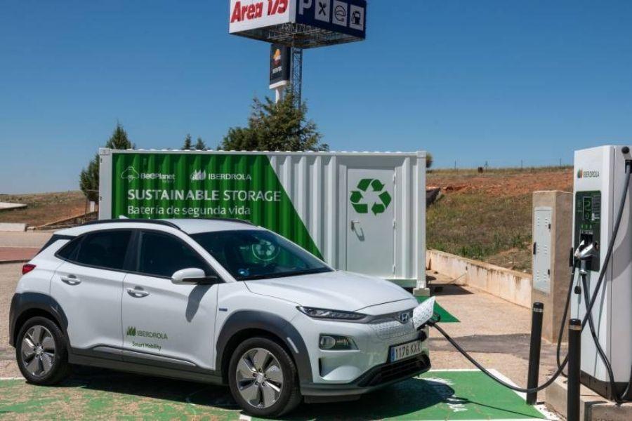 España se enfrenta a la batería de segunda vida de coches eléctricos: ¿residuo o activo?
