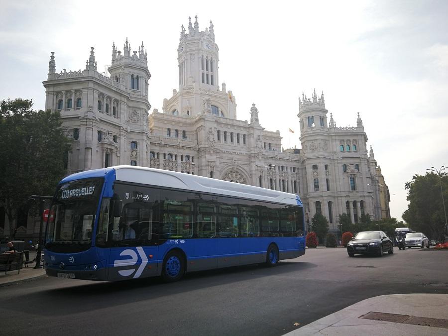 EMT Madrid cerró contrato con BYD para comprar 20 buses eléctricos de 12 metros