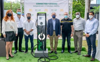 Arcos Dorados suma 16 estaciones de carga para vehículos eléctricos en restaurantes de Panamá