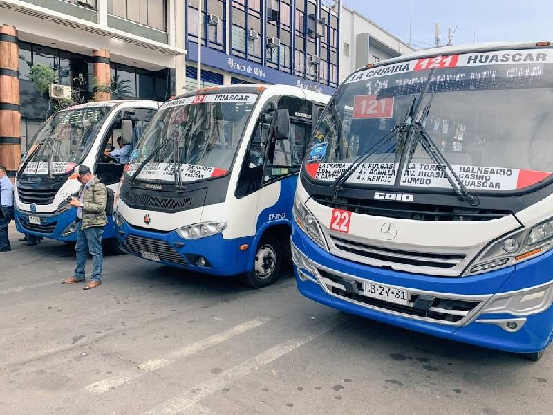 """""""No se descarta la electromovilidad"""" en millonaria inversión para minibuses y taxibuses en Antofagasta"""