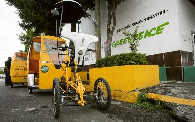 Greenpeace México y FOTCA presentan bicitaxi eléctrico y estación solar