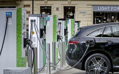 """Qwello encendió el debate sobre """"el modelo de negocios"""" de la movilidad eléctrica"""