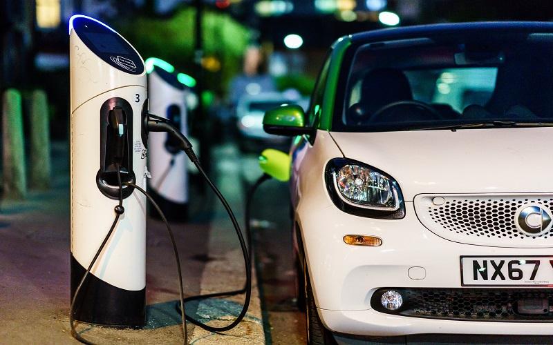 La CNE pide Plan Energético Nacional y mayores incentivos para los vehículos eléctricos en RD