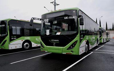 Construyen dos electrolineras para buses eléctricos alimentadas por paneles solares en Jalisco