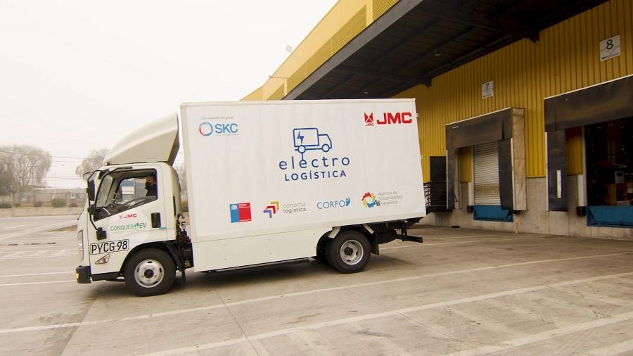 Empresas de logística comienzan a vivir la experiencia del renting de camiones eléctricos en Chile