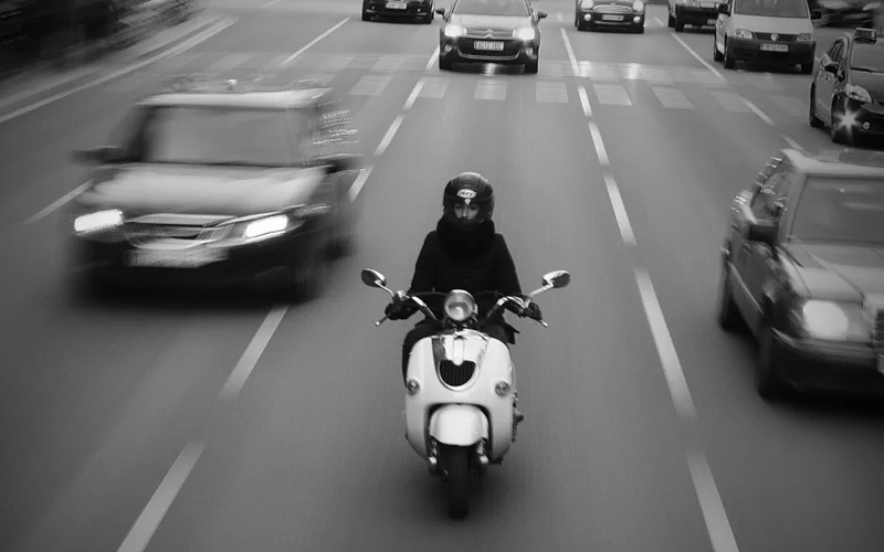 Buenos Aires habilitó rendir exámenes de conducción de motos eléctricas