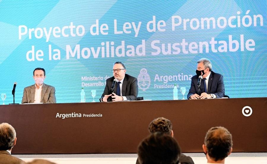 El detalle de los incentivos que plantea el Gobierno en su estrategia para desarrollar electromovilidad en Argentina